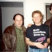 Sideshow Podcast: Jonathan Wolff Slapped the Bass for Seinfeld and the Internet Can't Thank Him Enough<br />